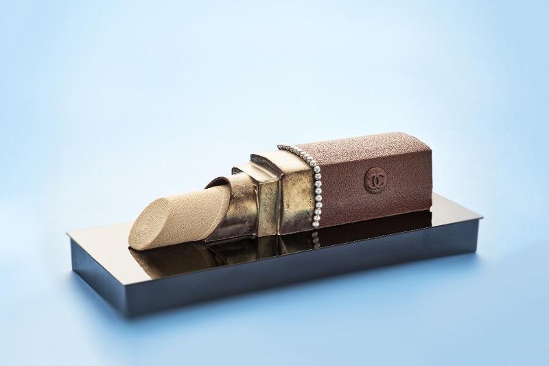 karl-lagerfeld-cake-alain-ducasse-tokyo