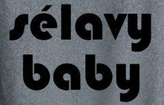 avec-remarque-selavy-en-rrose-baby
