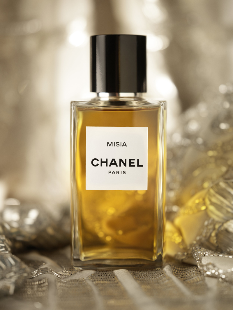 misia le nouveau parfum chanel oh my luxe. Black Bedroom Furniture Sets. Home Design Ideas