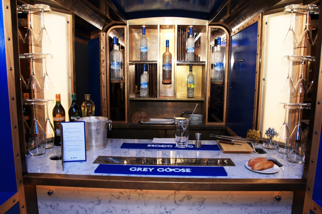 GREYGOOSE-DEAUVILLE-CAMIONNETTE-5