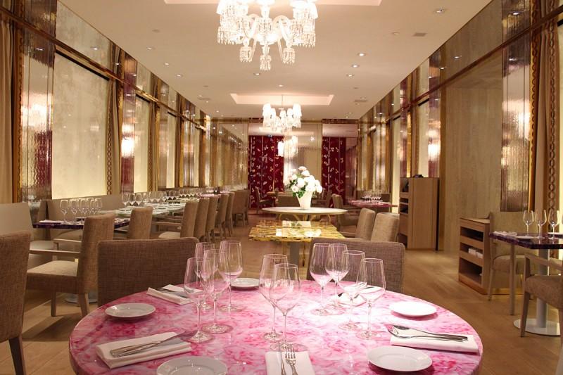 68 Guy Martin_salle restaurant
