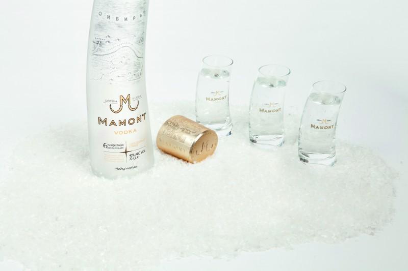 Shots + bouteille Mamont