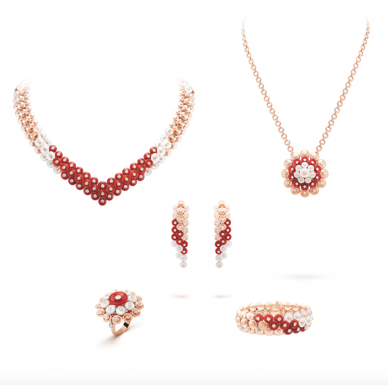 Van Cleef Arpels_Bouton d or_or rose_diamants_cornaline_nacre