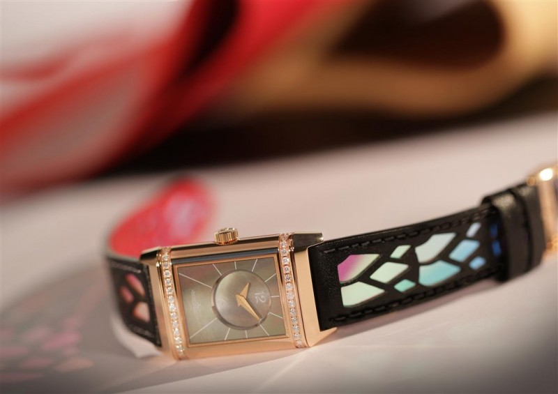 Jaeger-LeCoultre-Reverso-creation-by-Christian-Louboutin