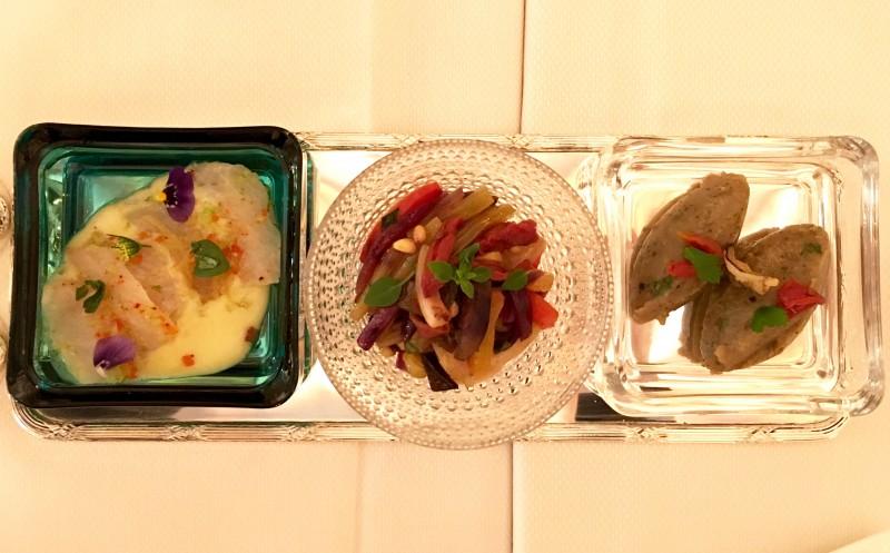 meurice-restaurant-le-dali-bar-marine-caponata-legumes-caviar-aubergine