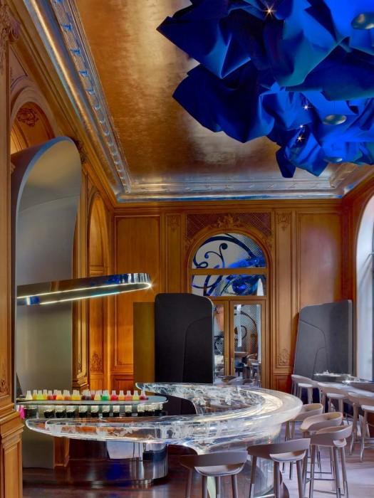 image-galerie-media_hotel_plaza_athenee-bar-_lr-_c_eric_laignel_6_b04f5
