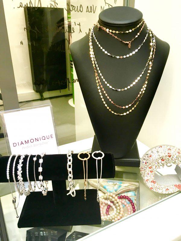 le-qvc-tour-un-festival-shopping-inedit-bijoux