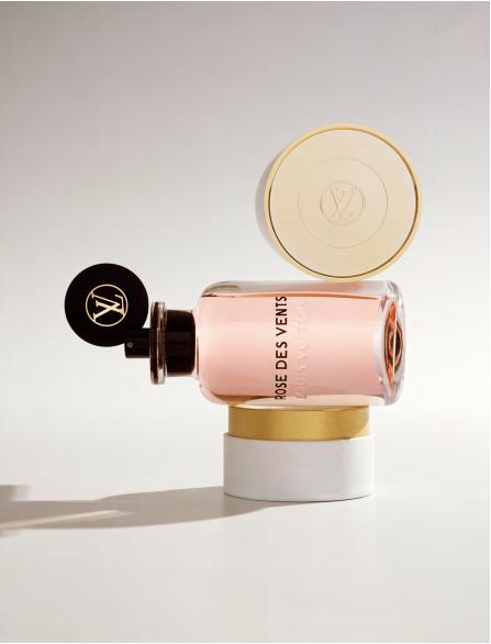 parfums-louis-vuitton-voyage-meme-peau-rose-des-vents-3