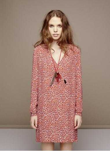 charlise-marque-attachante-jolies-parisiennes-couleur-rouge