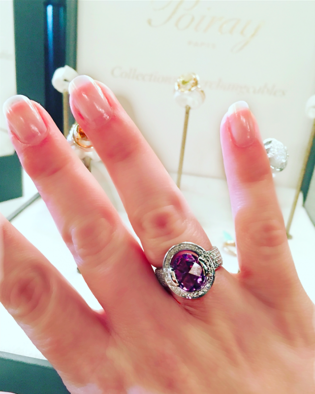 poiray-transforme-cendrillon-bague-me-preference-gold-diamonds-amethyst