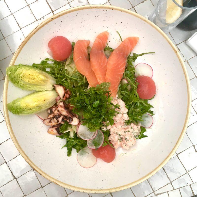polpo-un-nouveau-spot-sur-leau-paris-salade-polpo