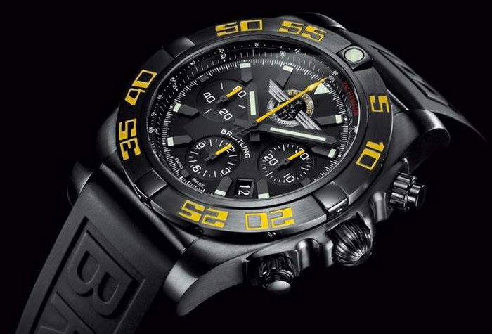 le-breitling-jet-team-retour-france-chronomat-44-limited-edition