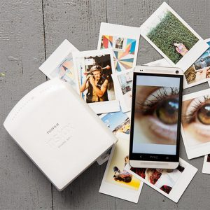 10-idees-cadeau-homme-votre-valentin-accro-gadget-instax-mini-imprimante-smartphone 2