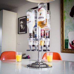10-idees-cadeau-homme-votre-valentin-compagnon-bar-distributeur-boissons-LED 1