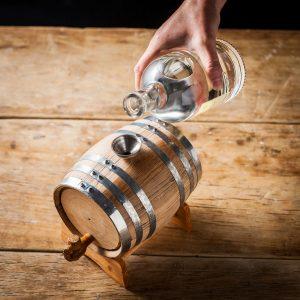 10-idees-cadeau-homme-votre-valentin-compagnon-bar-kit-whisky 3