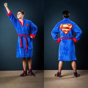 10-idees-cadeau-homme-votre-valentin-fan-cinema-peignoir-superman 2