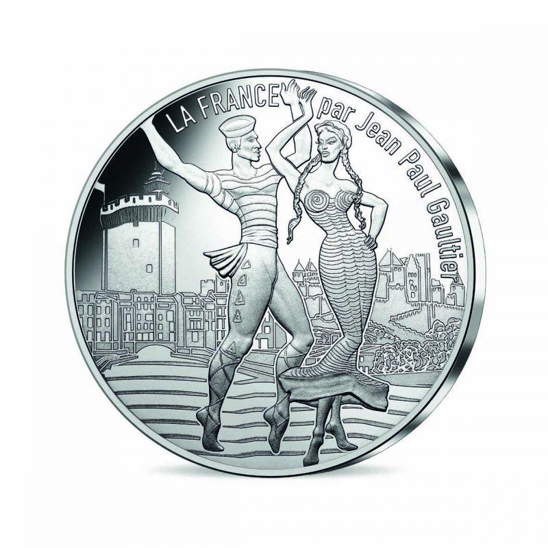 jean-paul-gaultier-monnaie-paris-11-roussillon-dansant