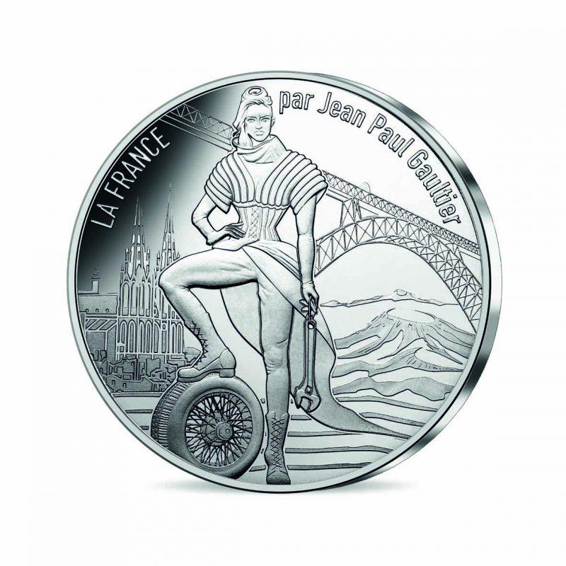 jean-paul-gaultier-monnaie-paris-3-auvergne-volcanique