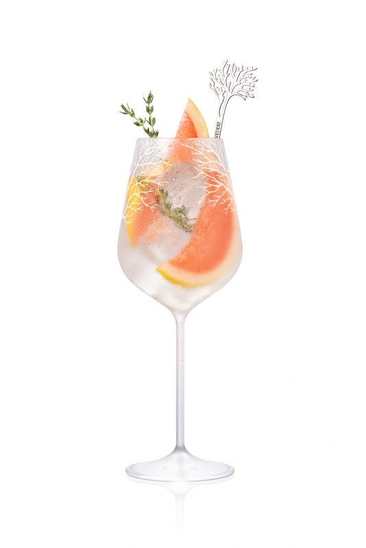 cocktail-time-cannois-belvedere-vodka-thym-pamplemousse 2