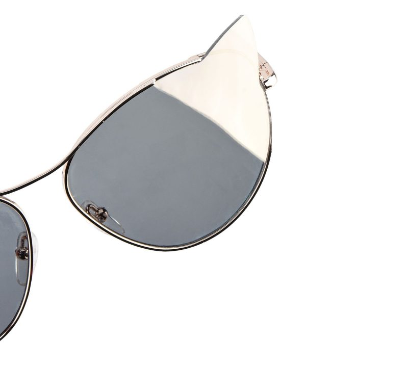 collection-cat-eyewear-karl-lagerfeld-new-cat-eye-or-detail