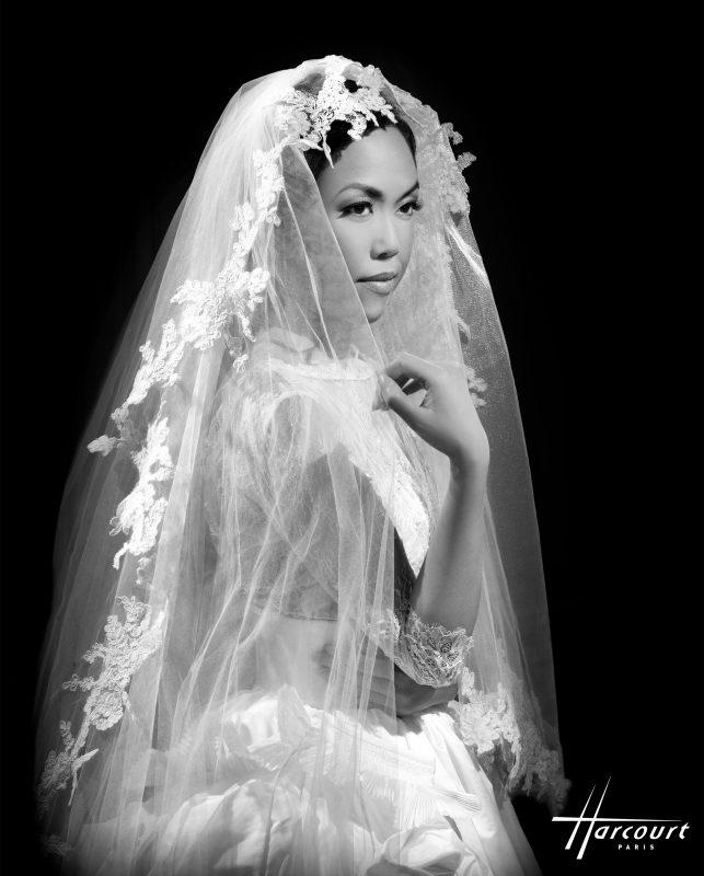 dites-oui-plus-beau-jour-de-vie-diamant-blanc-robe 1