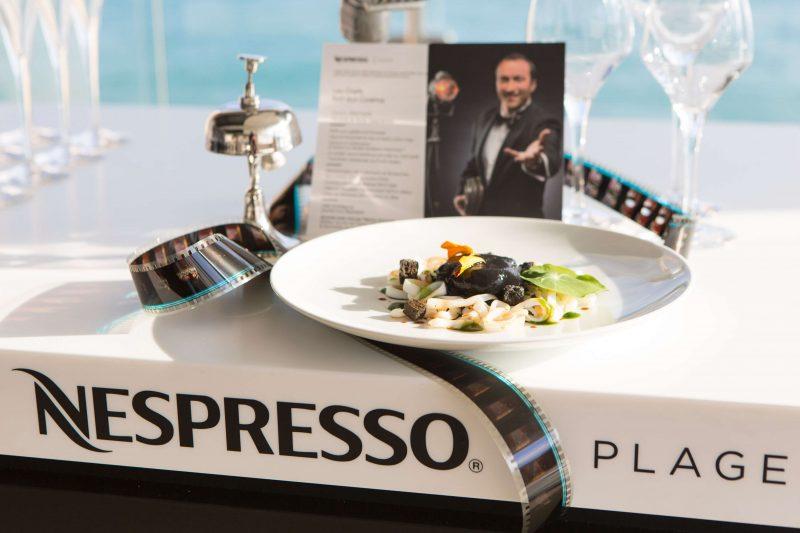 nespresso-cinema-festival-de-cannes-plage 3