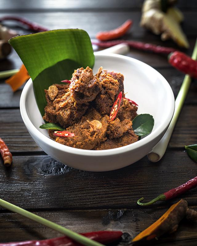 saveurs-et-reflets-indonesie-lhonneur-Rendang
