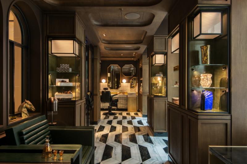 hotel-crillon-accueille-barbiere-paris-espace-barbier