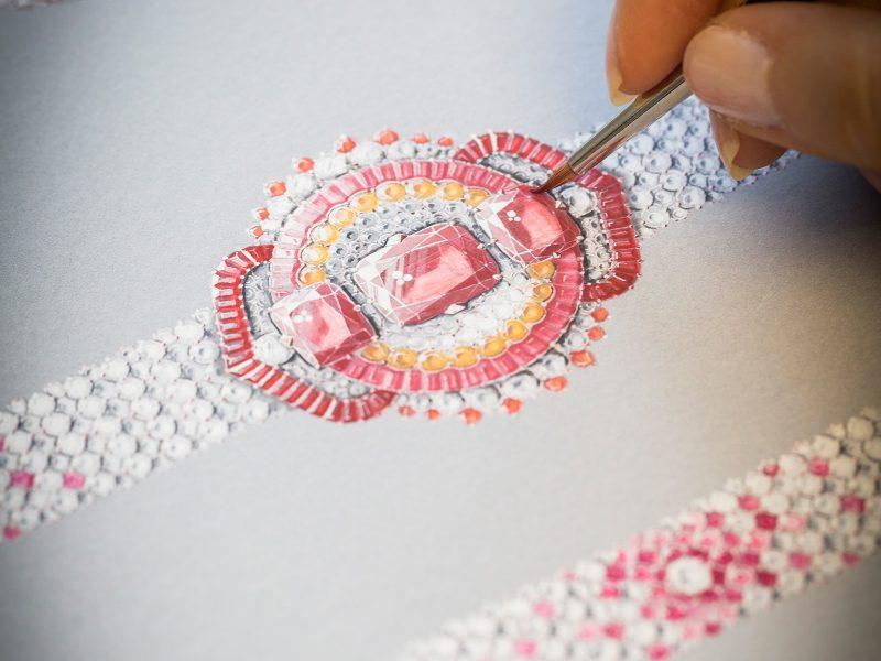 van-cleef-arpels-devoile-lart-du-secret-bracelet-coeurs-entrelaces 3