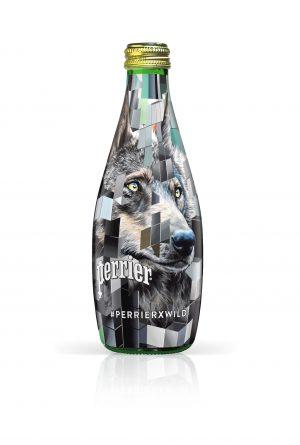 perrierxwild-celebre-cote-sauvage-vie-bouteille-loup-jour-face-1