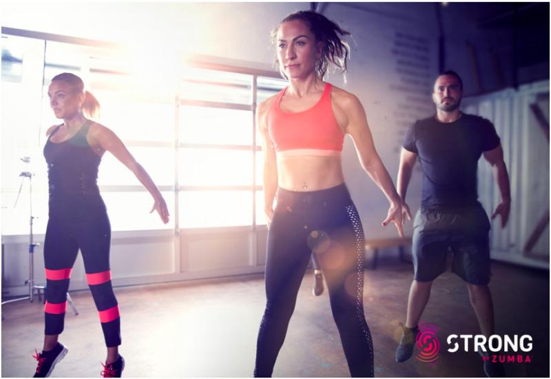 strong-zumba-nouveau-phenomene-fitness-cours 2