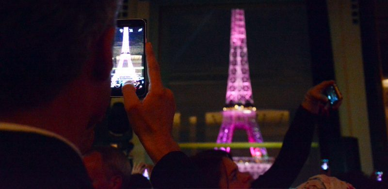 true-fort-octobre-rose-tour-eiffel