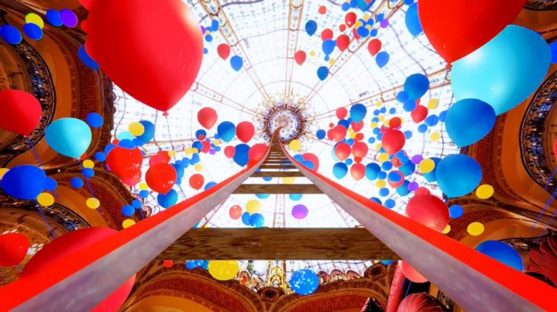 noel-spectacular-galeries-lafayette-rollercoaster