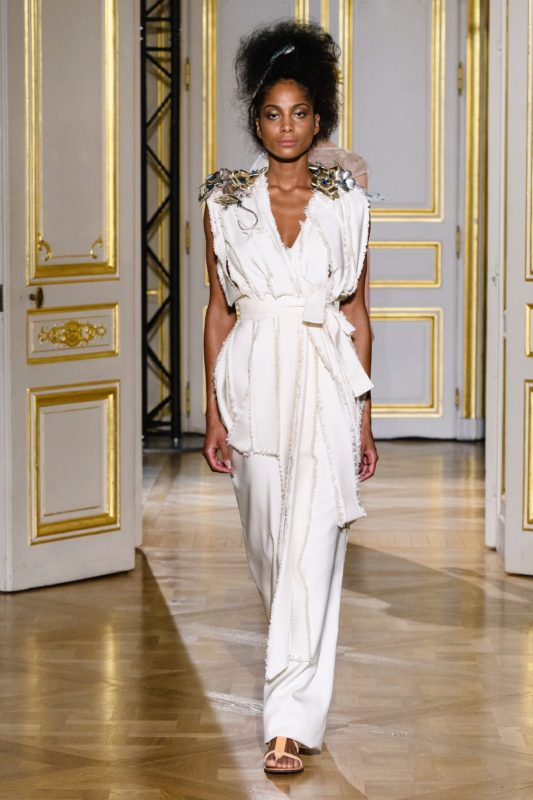 breves-de-fashion-defile-laskaris-ss18 3