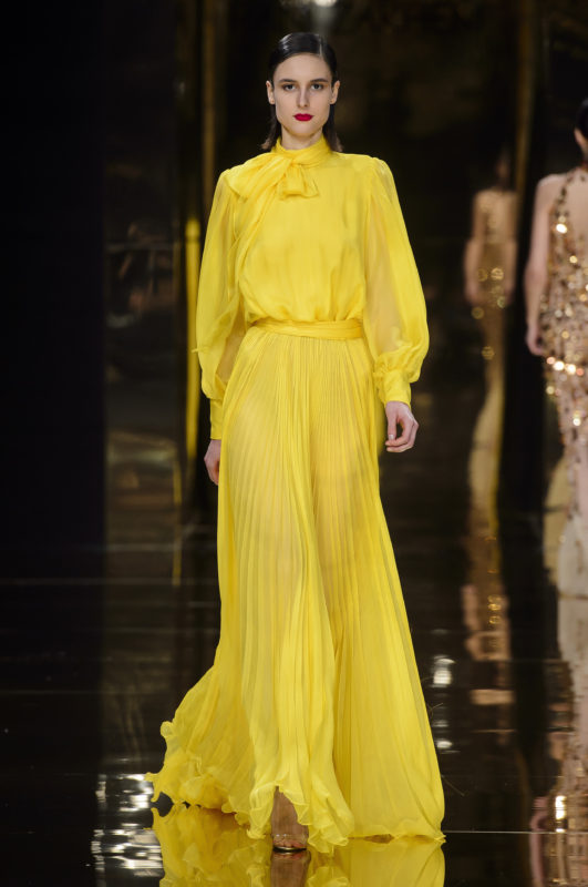 breves-fashion-defile-rani-zakhem-ss18-yellow 4