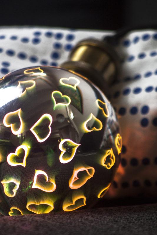 des-coeurs-partout-pour-saint-valentin-Ampoule-Coeur-XanLite