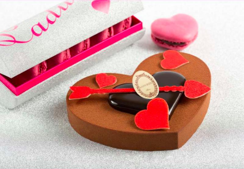 des-coeurs-partout-pour-saint-valentin-laduree-entremets-declaration-damour