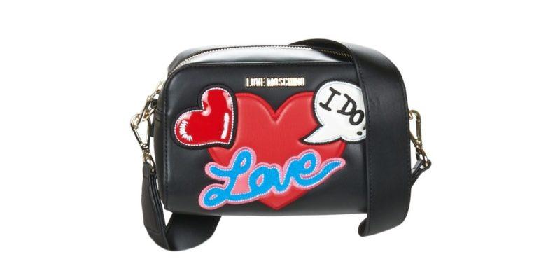 des-coeurs-partout-pour-saint-valentin-love-moschino-sac