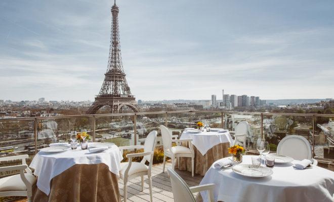 abeille-plein-ciel-shangri-hotel-paris