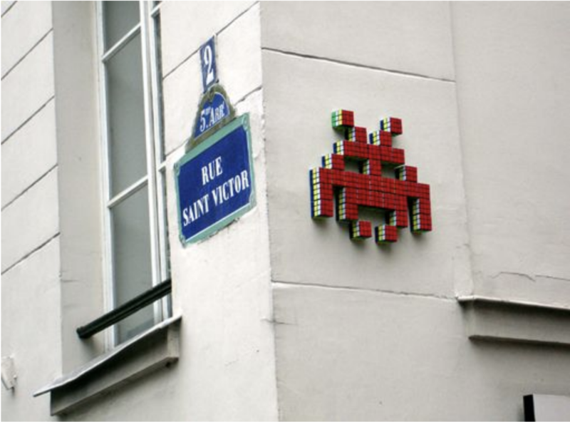 art-contemporain-envahit-royal-monceau-invader
