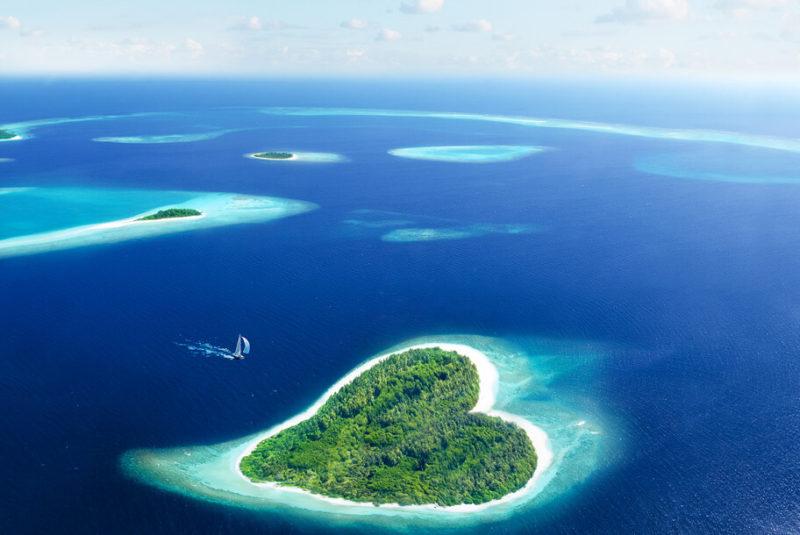vacances-aux-maldives-ile-privee-mer-coeur