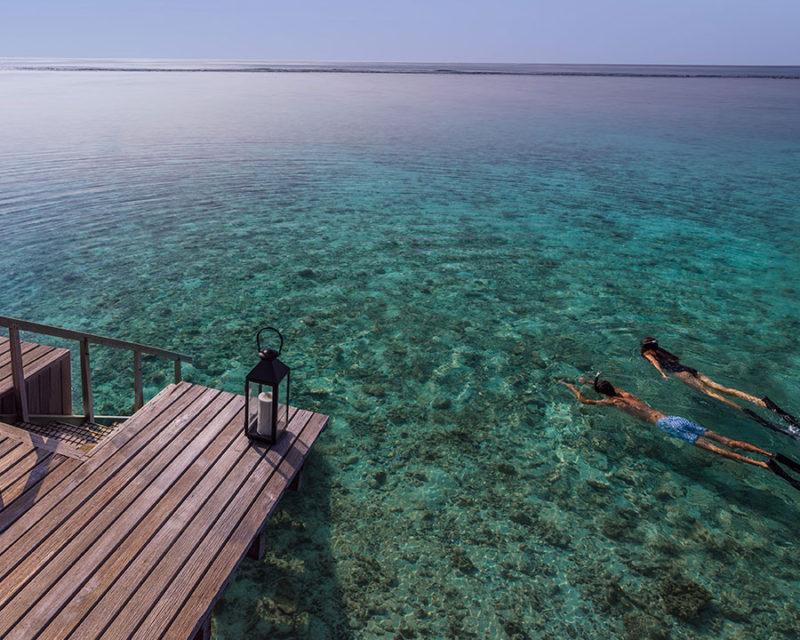 vacances-aux-maldives-ile-privee-mer-plongee